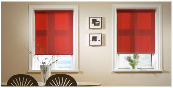 persianas en rojo